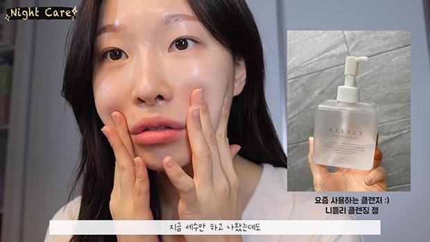"""Makeup artist người Hàn chia sẻ loạt sản phẩm đỉnh cao giúp cô """"cải tạo"""" làn da thâm mụn xấu xí trở nên căng mướt như phủ sương - Ảnh 2."""