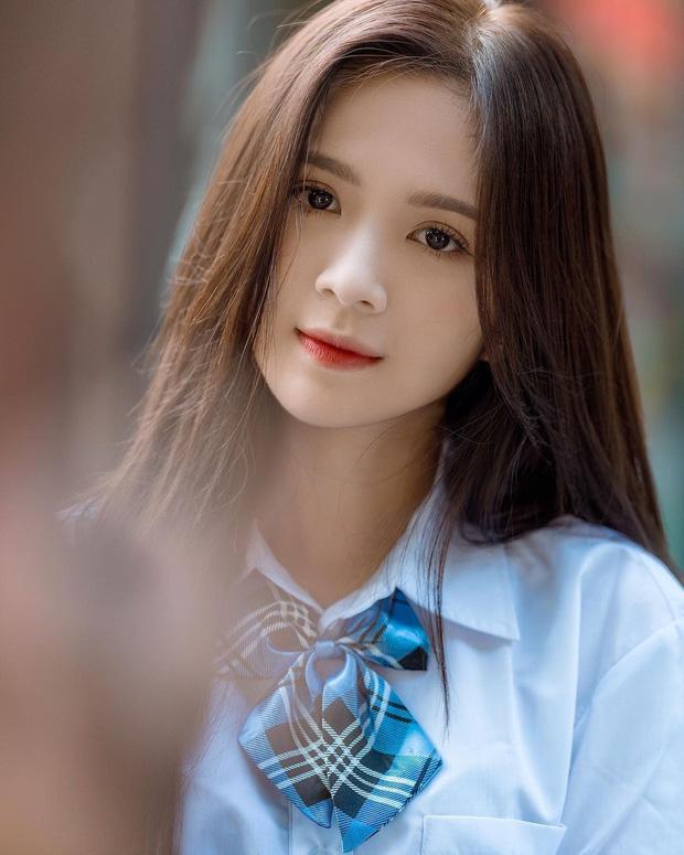 Bị netizen chê lùn, hot girl 1m53 có màn đáp trả điểm 10: E là chỉ mọc sừng mới giúp mình cao lên - Ảnh 1.