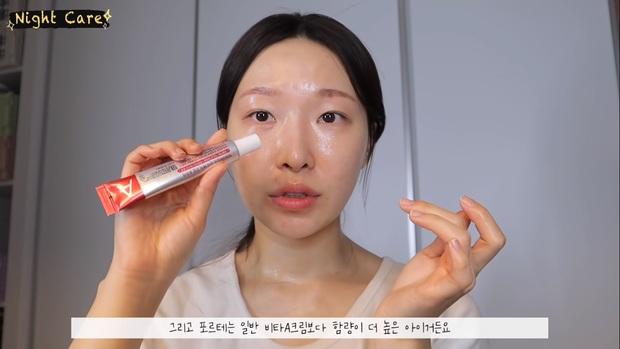 """Makeup artist người Hàn chia sẻ loạt sản phẩm đỉnh cao giúp cô """"cải tạo"""" làn da thâm mụn xấu xí trở nên căng mướt như phủ sương - Ảnh 21."""