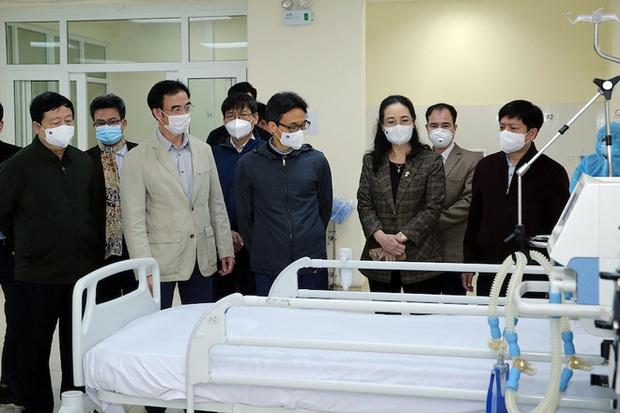 Phó Thủ tướng Vũ Đức Đam: Hải Dương, Quảng Ninh sau 6 ngày nữa sẽ khoanh được ổ dịch - Ảnh 1.