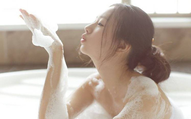 5 thói quen xấu khi đi tắm của nhiều người đang âm thầm rút ngắn tuổi thọ của họ - Ảnh 3.