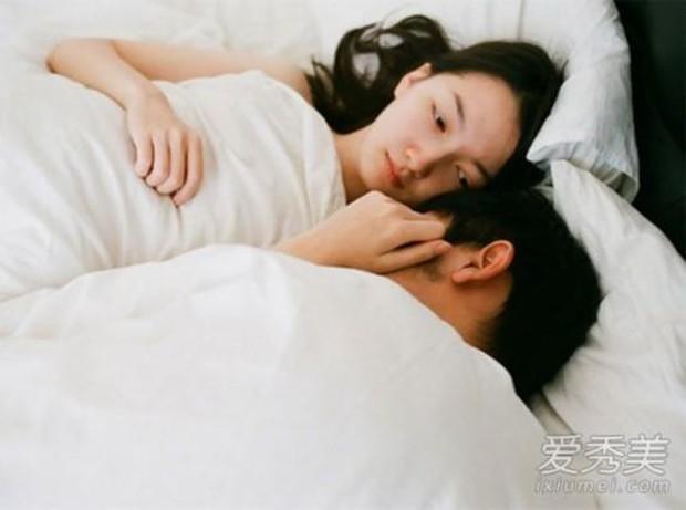 4 hậu quả tai hại về sức khỏe nếu chị em nhịn quan hệ tình dục quá lâu - Ảnh 4.