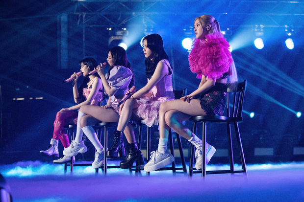 BLACKPINK bỏ túi hơn 242 tỷ VNĐ sau concert online, phá kỷ lục người xem của TWICE ở mảng girlgroup Kpop - Ảnh 4.