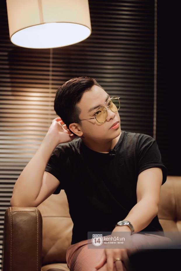 Hứa Kim Tuyền: Khi Phí Phương Anh bảo đi hát, tôi nghĩ muốn làm gì thì làm. Bài cắm sừng tôi để trong playlist nhạc lau nhà - Ảnh 6.