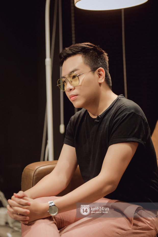 Hứa Kim Tuyền: Khi Phí Phương Anh bảo đi hát, tôi nghĩ muốn làm gì thì làm. Bài cắm sừng tôi để trong playlist nhạc lau nhà - Ảnh 10.