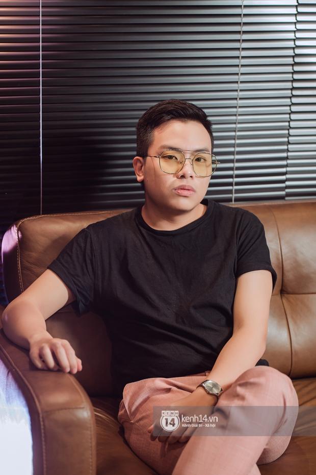 Hứa Kim Tuyền: Khi Phí Phương Anh bảo đi hát, tôi nghĩ muốn làm gì thì làm. Bài cắm sừng tôi để trong playlist nhạc lau nhà - Ảnh 11.