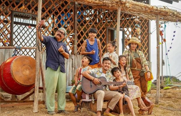 5 phim Việt tri ân những nhà giáo đặc biệt: Thung Lũng Hoang Vắng còn gieo cả điều kỳ diệu ngoài đời thực! - Ảnh 13.