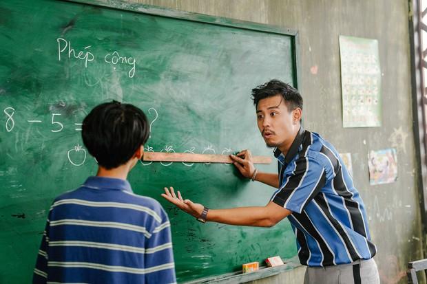 5 phim Việt tri ân những nhà giáo đặc biệt: Thung Lũng Hoang Vắng còn gieo cả điều kỳ diệu ngoài đời thực! - Ảnh 11.