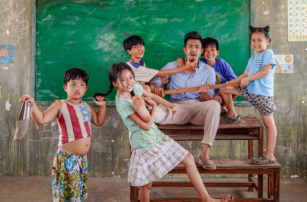5 phim Việt tri ân những nhà giáo đặc biệt: Thung Lũng Hoang Vắng còn gieo cả điều kỳ diệu ngoài đời thực! - Ảnh 12.