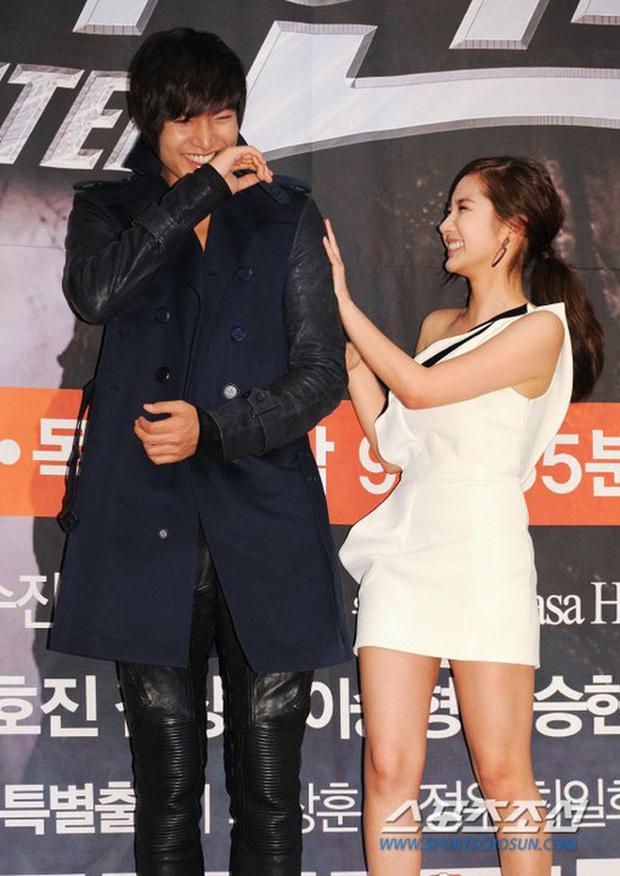 7 phim se duyên cho hội nam thần mỹ nữ Hàn: Son Ye Jin vớ được Hyun Bin cực phẩm nhờ Hạ Cánh Nơi Anh - Ảnh 10.