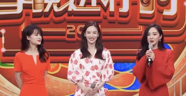 3 nữ thần đọ sắc chung khung hình trong show Tết: Dương Mịch đằm thắm nhưng vẫn lép vế bên tình cũ Dương Dương - Ảnh 5.