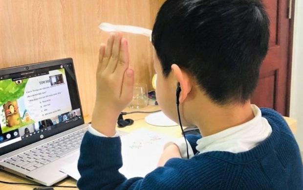 Hà Nội: Ngày 15/2,quyết định phương án cho học sinh đi học hay học trực tuyến - Ảnh 1.