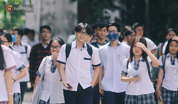 Trường phổ thông đầu tiên tại TP.HCM cho học sinh tạm hoãn đến trường sau kỳ nghỉ Tết Nguyên đán - Ảnh 1.