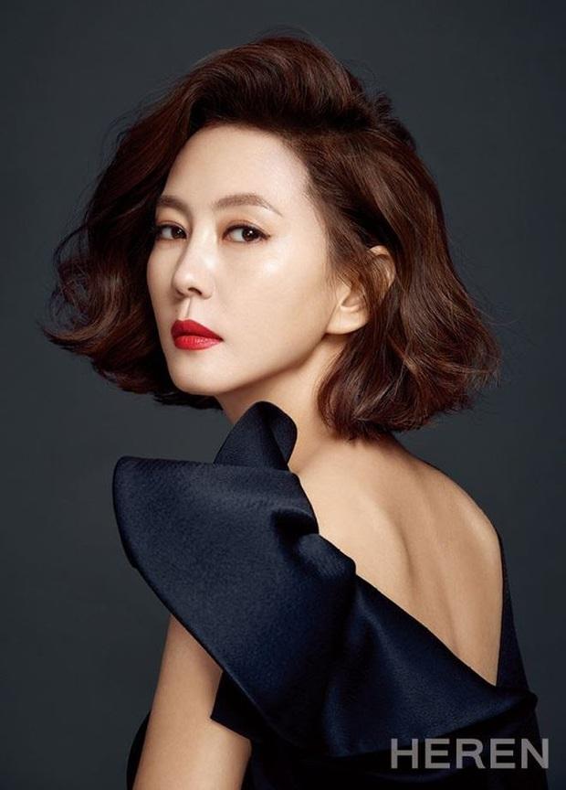 Nghề nghiệp của diễn viên Hàn trước khi nổi tiếng: Song Joong Ki vỡ mộng trượt băng, Kim Tae Ri bán sữa đậu nành - Ảnh 9.