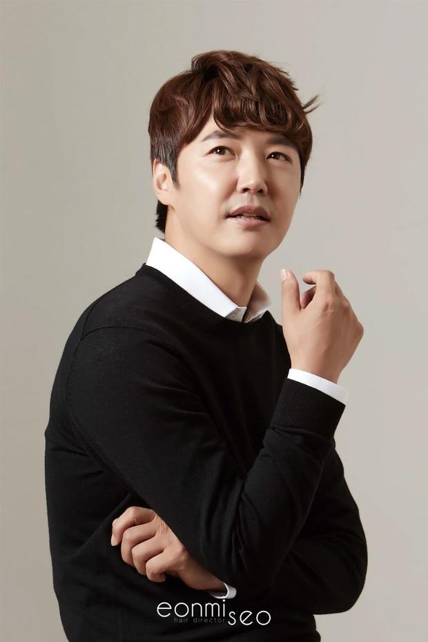 Nghề nghiệp của diễn viên Hàn trước khi nổi tiếng: Song Joong Ki vỡ mộng trượt băng, Kim Tae Ri bán sữa đậu nành - Ảnh 7.