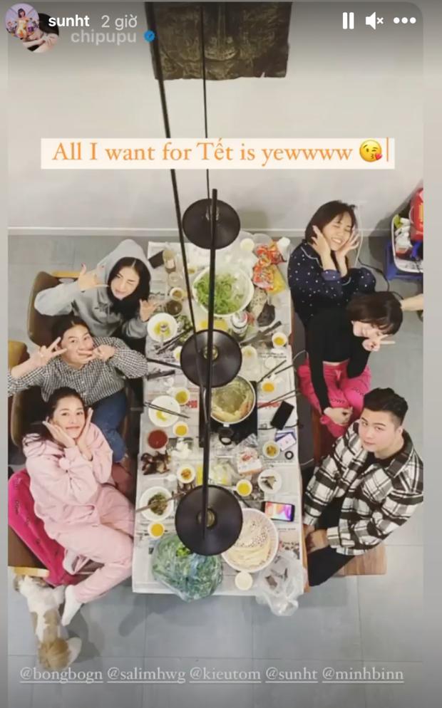 Hội gái xinh Instagram rần rần khoe ảnh ăn tất niên, đáng chú ý nhất là động thái của Chi Pu và Quỳnh Anh Shyn - Ảnh 1.