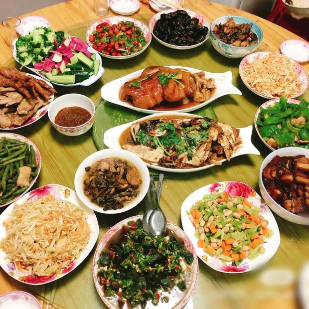 Truyền thuyết về con quái vật khiến người ta phải ăn Tết và những thói quen xua điều xấu, đón điều lành của người Trung Quốc dịp Tết Nguyên đán - Ảnh 6.