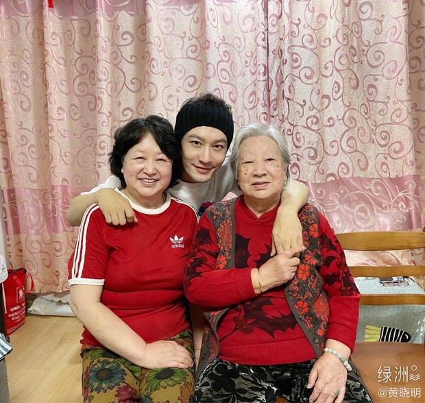 Dàn sao Hoa - Hàn nô nức mừng năm mới: Hyun Bin - BTS cực soái, Rosé mừng cả sinh nhật, vợ chồng Angela Baby có động thái khác lạ - Ảnh 23.