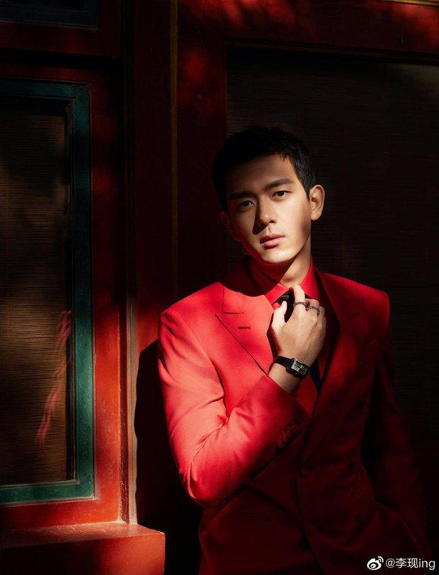 Quân đoàn sao Cbiz nhuộm đỏ Gala Xuân Vãn: Dương Mịch - Nhiệt Ba cạnh tranh nhan sắc nhưng vẫn lép vế nhân vật đặc biệt - Ảnh 15.