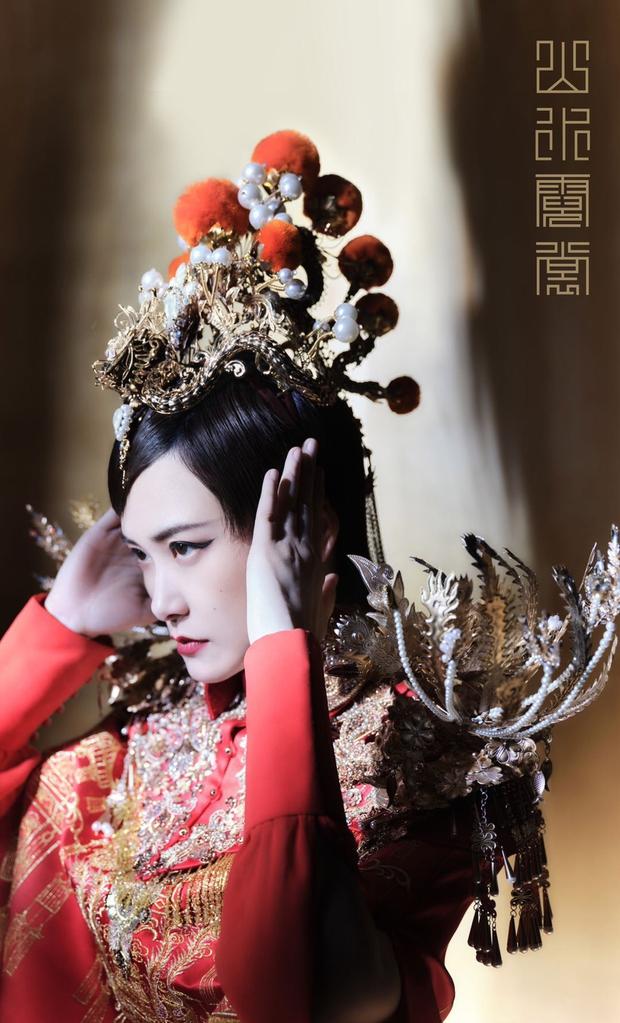 Quân đoàn sao Cbiz nhuộm đỏ Gala Xuân Vãn: Dương Mịch - Nhiệt Ba cạnh tranh nhan sắc nhưng vẫn lép vế nhân vật đặc biệt - Ảnh 7.