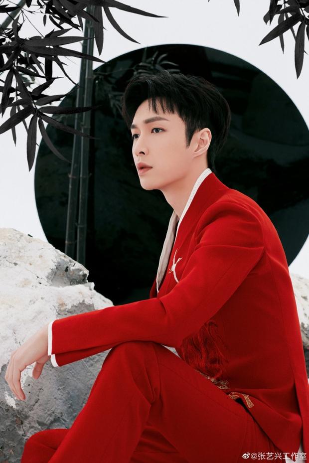 Quân đoàn sao Cbiz nhuộm đỏ Gala Xuân Vãn: Dương Mịch - Nhiệt Ba cạnh tranh nhan sắc nhưng vẫn lép vế nhân vật đặc biệt - Ảnh 21.