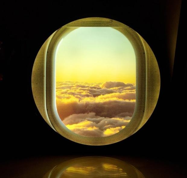 """Đây là """"cửa sổ máy bay ảo"""" chuyên dành cho những ai đam mê du lịch hoặc sống ảo tại nhà trong mùa dịch - Ảnh 2."""