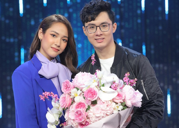 Năm 2020 toàn là cẩu lương của làng eSports Việt: Hàng loạt cặp đôi công khai hẹn hò, đã thế còn công khai thể hiện tình cảm khiến fan không khỏi ghen tị - Ảnh 3.