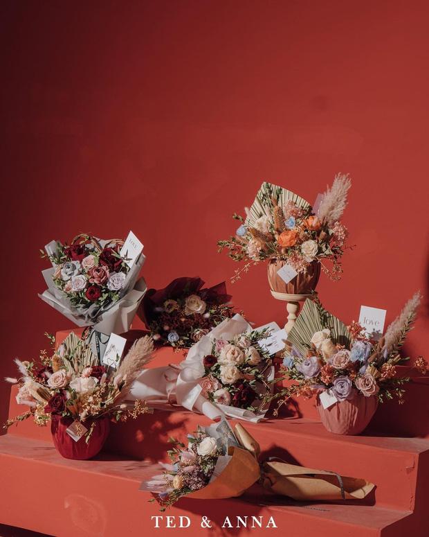 Nhiều tiệm hoa tại Hà Nội - Sài Gòn vẫn mở xuyên Tết để các anh đặt tặng nửa kia dịp Valentine - Ảnh 19.