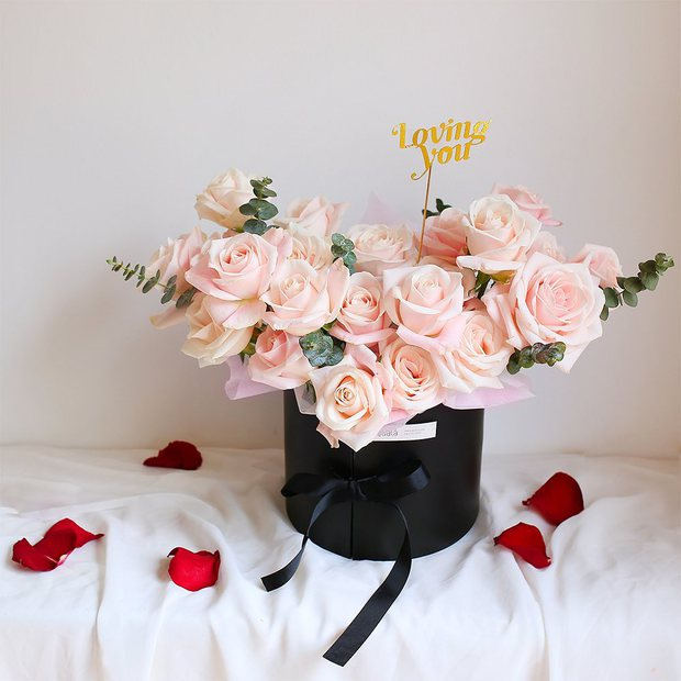 Nhiều tiệm hoa tại Hà Nội - Sài Gòn vẫn mở xuyên Tết để các anh đặt tặng nửa kia dịp Valentine - Ảnh 15.