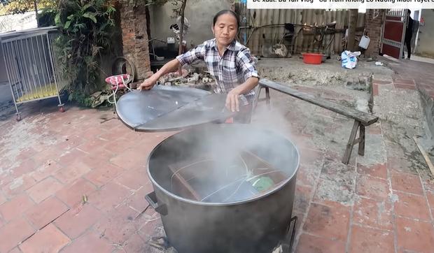 Bà Tân làm bánh chưng tốn 10kg nếp chốt hạ 2020 đầy drama, dân mạng chú ý chi tiết cảnh cáo gãy răng mất cái Tết - Ảnh 7.