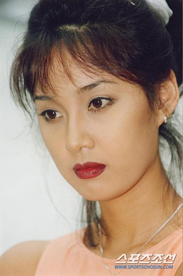 Dàn mỹ nhân Gia Đình Là Số 1 dính lời nguyền: Hwang Jung Eum bị CEO phụ bạc, Yoo In Na và Hoa hậu Hàn khổ vì bê bối tình dục - Ảnh 13.