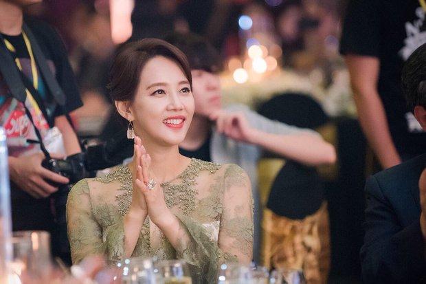 Dàn mỹ nhân Gia Đình Là Số 1 dính lời nguyền: Hwang Jung Eum bị CEO phụ bạc, Yoo In Na và Hoa hậu Hàn khổ vì bê bối tình dục - Ảnh 15.