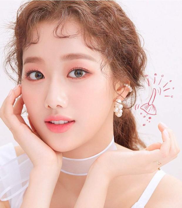Tranh cãi BXH nam thần nữ thần đẹp nhất Kpop do chính idol chọn ra: V (BTS) bị nam thần True Beauty át luôn, cô gái đè bẹp Irene (Red Velvet) là ai? - Ảnh 2.