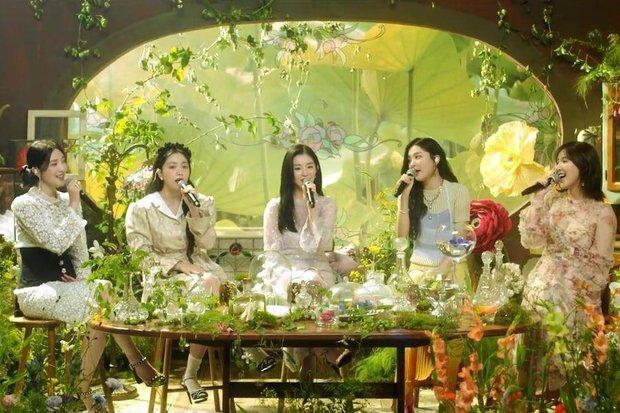 30 nhóm nhạc nữ hot nhất: Red Velvet trở lại, sức nóng từ (G)I-DLE có làm BLACKPINK mất ngôi vương? - Ảnh 9.