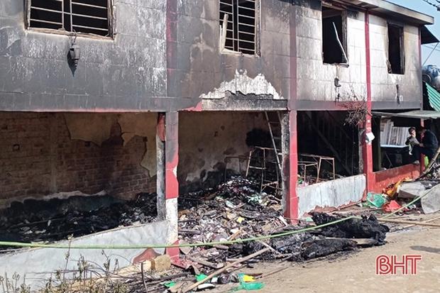 Cháy nhà sáng mùng 1 Tết, 1 học sinh lớp 4 thiệt mạng - Ảnh 1.