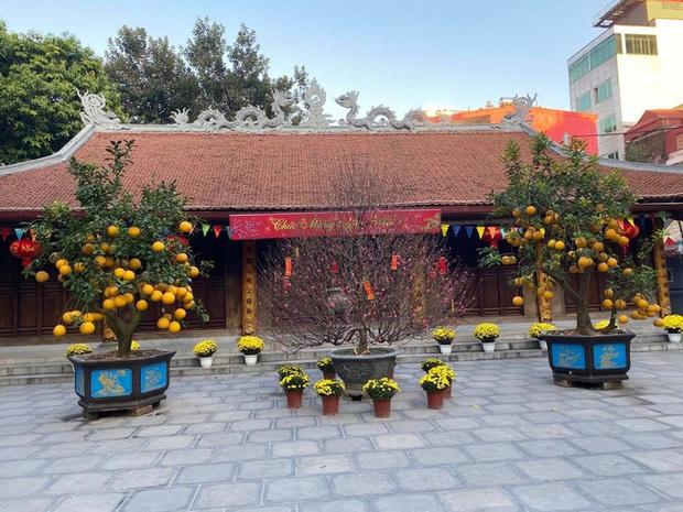 Lo ngại Covid-19, chùa Hà nổi tiếng linh thiêng đóng cửa không đón khách đầu năm - Ảnh 6.