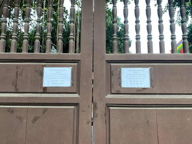 Lo ngại Covid-19, chùa Hà nổi tiếng linh thiêng đóng cửa không đón khách đầu năm - Ảnh 7.