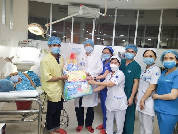 Đúng giao thừa, 5 em bé cùng cất tiếng khóc chào đời tại TP.HCM - Ảnh 8.