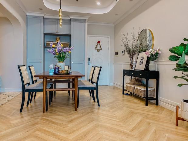 Lấy cảm hứng từ phim truyền hình Mỹ, designer thiết kế căn hộ Royal City theo style Farmhouse tinh tế đến từng chi tiết - Ảnh 1.