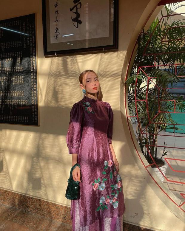 Sao Việt mặc gì đi lễ chùa đầu năm: Lệ Quyên, Angela Phương Trinh nền nã với áo dài, Sun Ht và Chi Pu lại gây tranh cãi - Ảnh 4.