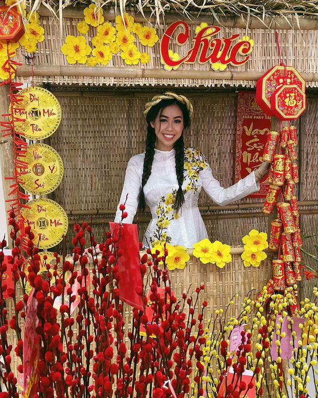 Cả năm đắp hàng hiệu nhưng Tết là Tiên Nguyễn lại diện đồ truyền thống, tiện khoe luôn background biệt thự to đùng vật vã - Ảnh 6.