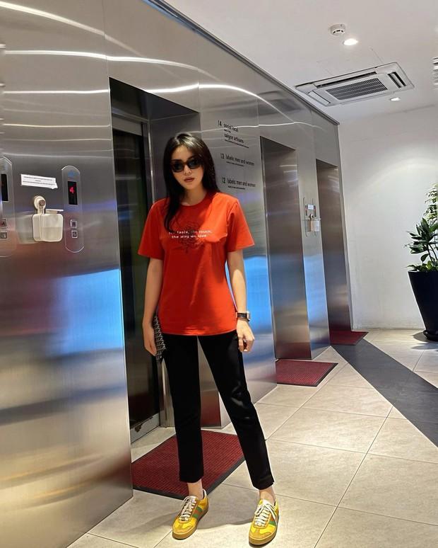 Ngắm sao Việt khoe outfit những ngày đầu năm, chị em sẽ rút ra loạt chiêu phối đồ trendy để áp dụng cho 2021 - Ảnh 5.
