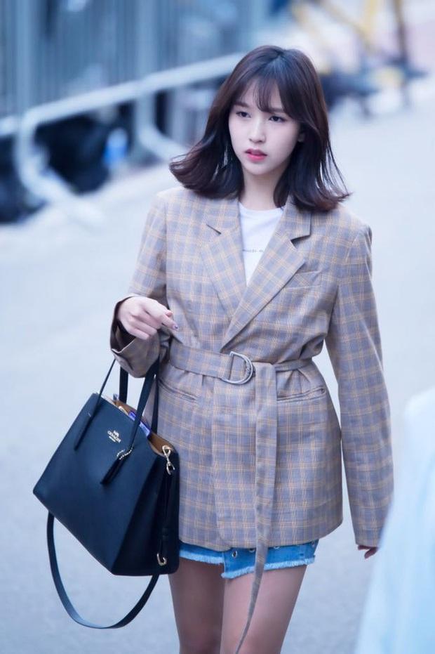 Quả đúng là tiểu thư gia thế khủng, Mina (TWICE) mặc toàn đồ đơn giản cũng tỏa khí chất lá ngọc cành vàng nhìn mà mê  - Ảnh 6.