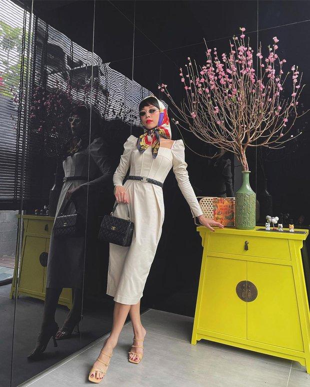 Ngắm sao Việt khoe outfit những ngày đầu năm, chị em sẽ rút ra loạt chiêu phối đồ trendy để áp dụng cho 2021 - Ảnh 2.