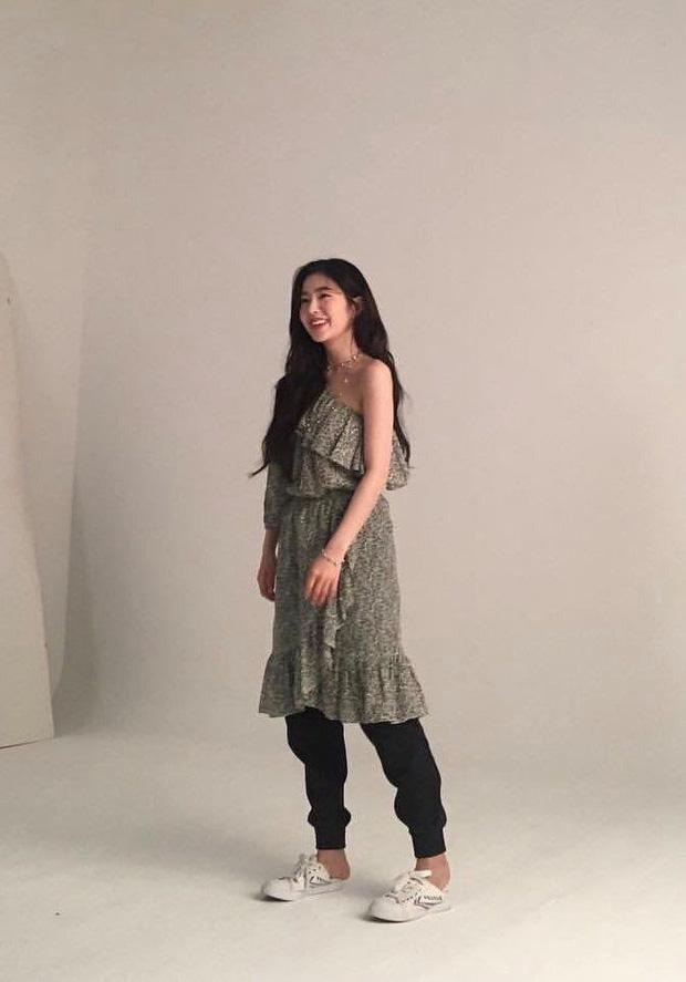 Hậu trường ảnh đẹp long lanh của mỹ nhân Kpop: BLACKPINK nổi tiếng là có lý do, kéo xuống ảnh Irene - Seulgi mà ngã ngửa - Ảnh 7.