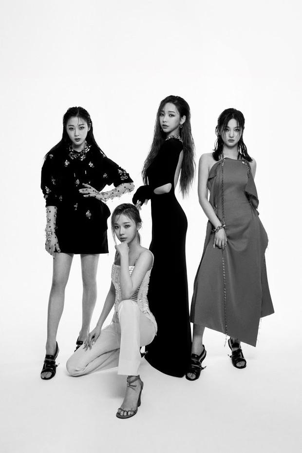 Hậu trường ảnh đẹp long lanh của mỹ nhân Kpop: BLACKPINK nổi tiếng là có lý do, kéo xuống ảnh Irene - Seulgi mà ngã ngửa - Ảnh 10.