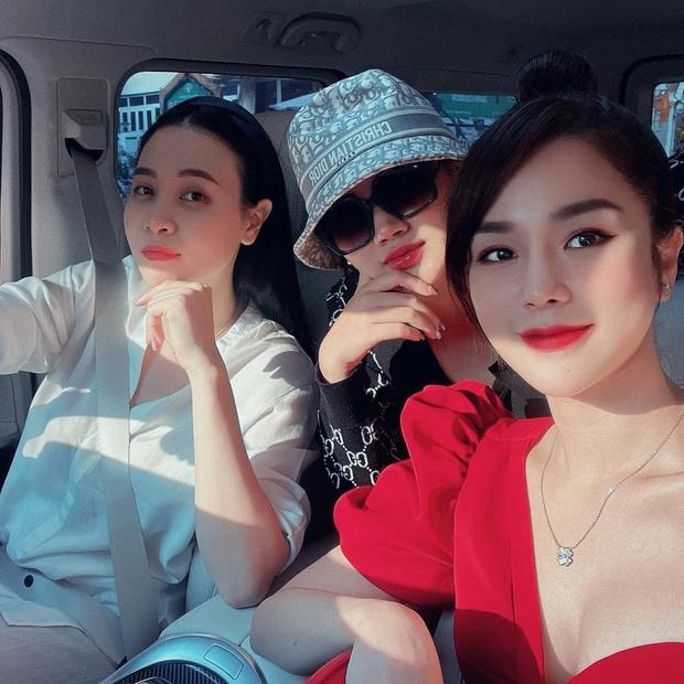 Dàn Vietnams Next Top Model mùa đầu hội ngộ, hé lộ hình ảnh cực giản dị của Cường Đô La bên bà xã Đàm Thu Trang - Ảnh 4.