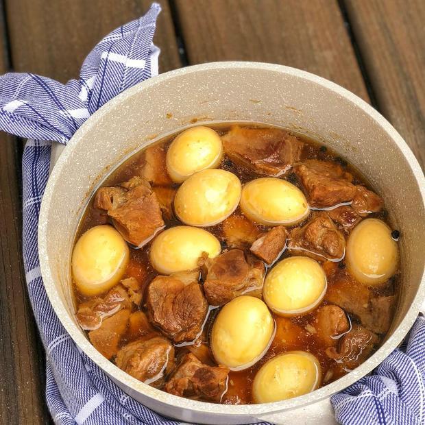 4 món ăn lúc nào cũng xuất hiện trên bàn tiệc của người Việt vào mỗi dịp Tết, biết được ý nghĩa đằng sau ai cũng bất ngờ - Ảnh 6.