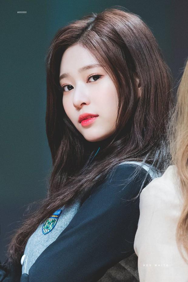 30 nữ idol Kpop hot nhất hiện tại: Jennie - Rosé so kè ác liệt, bất ngờ nhất là vị trí của thành viên hụt BLACKPINK - Ảnh 8.