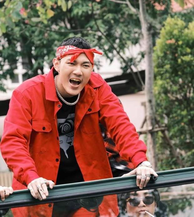 Dàn sao Rap Việt ăn Tết: Dế Choắt, Tlinh rủ nhau phát cẩu lương, các thí sinh thi nhau khoe lì xì may mắn - Ảnh 13.